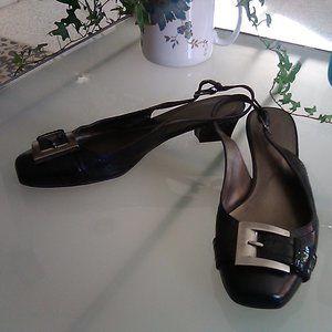 Naturalizer leather slip on heels - size 8